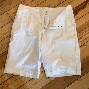 Banana republic size 10 white shorts